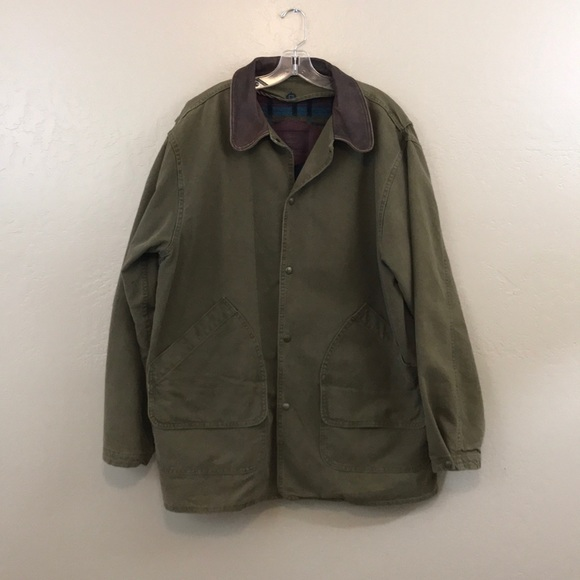 09193c256281f Woolrich Vintage Barn Coat Wool lined men s large.  M 5c40fe6baa57191025456579